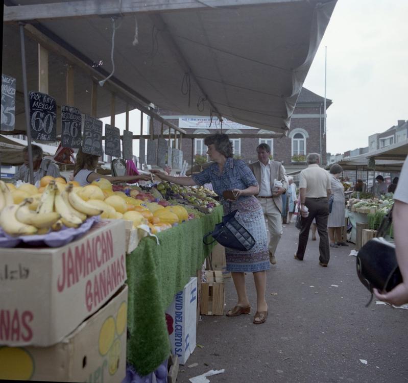 Stockton Market c.1981 (Teesside Archives).jpg